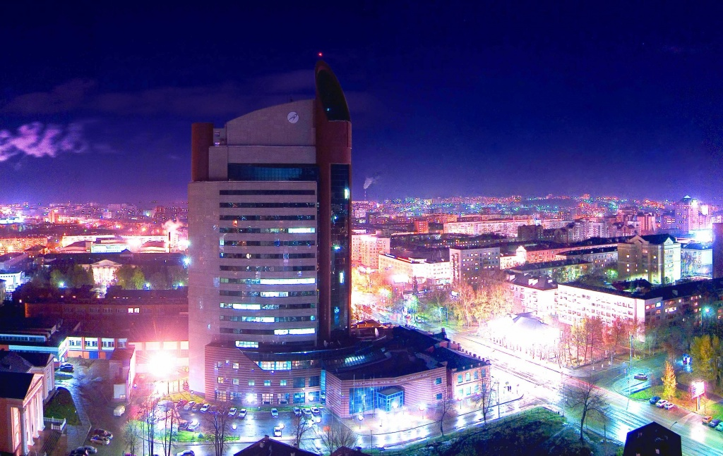 Ufa at Night.jpg